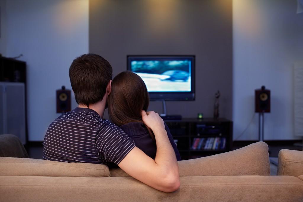 Regarder un film à deux à la Saint-Valentin
